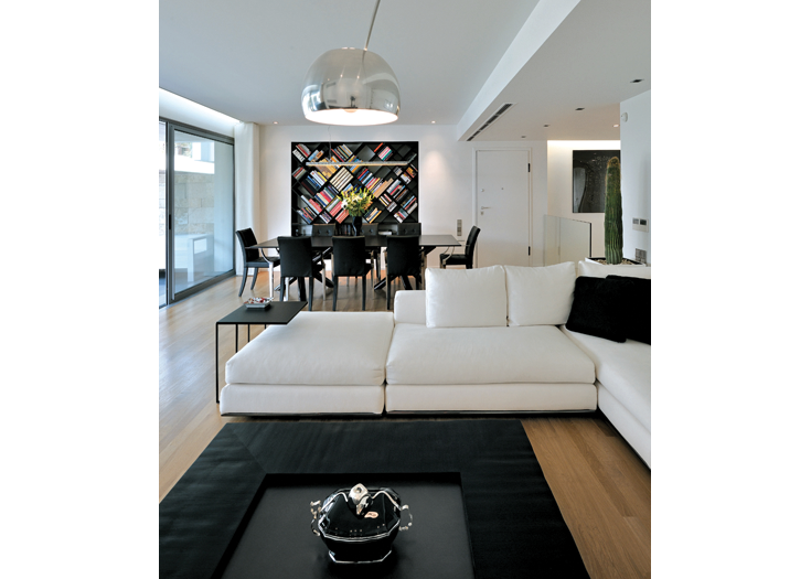 black&white apartment - kifissia, Athens - photography by giannis giannelos